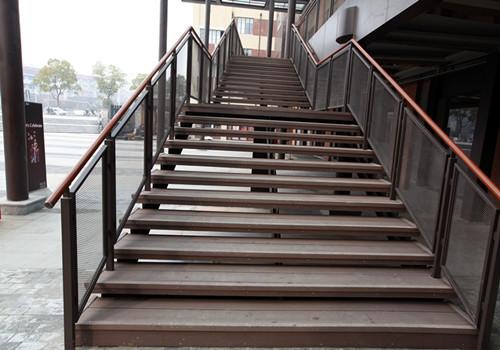 塑木地板材料的应用率最高